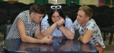 В благотворительном фонде «Витязь» молодежные дебаты
