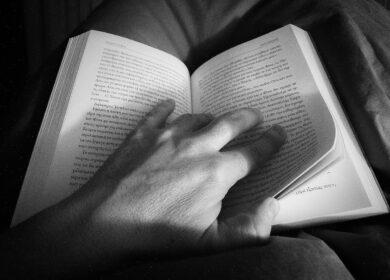 В благотворительном фонде «Витязь» прошло занятие клуба «Читаем вместе»